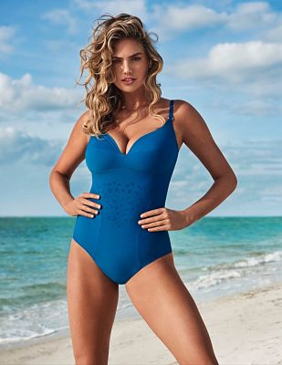 Kate-Upton-Yamamay-Swimwear-2