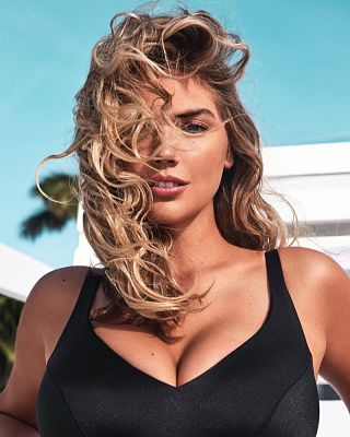 Kate-Upton-Yamamay-Swimwear-3