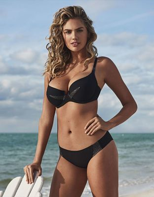 Kate-Upton-Yamamay-Swimwear