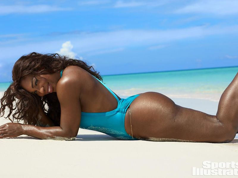 Serena-Williams-Brings-The-Wow-Factor-In-A-Blue-Swimsuit